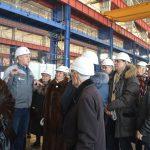 Ветераны стали первыми гостями лаборатории сварки АО «КОНАР»